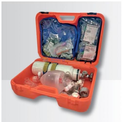 Equipo de oxigenoterapia de urgencia, con botella de oxígeno homologada.