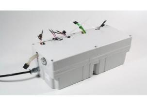 Caja transformadora de baterías de accionamiento único